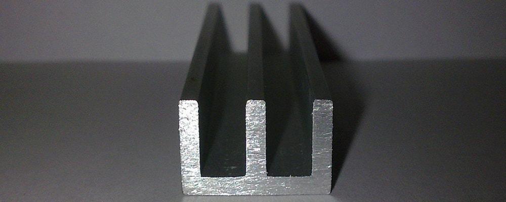 Алюминеваый Ш-образный профиль